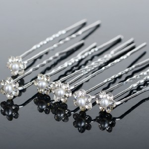 Haar Pin Crystal Flower White Pearl